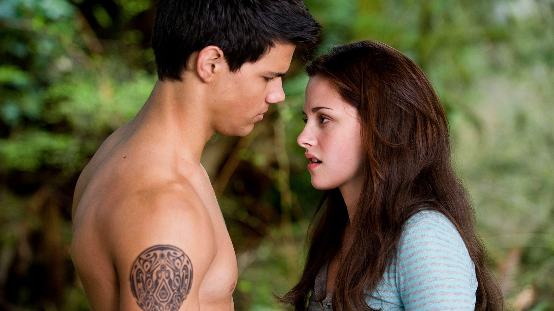 where can i watch twilight new moon for free